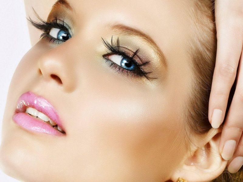 makeup-900x1600